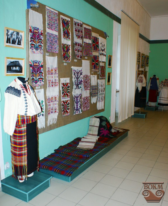 У рамках музейного виставкового проекту у Вінницькому обласному  краєзнавчому музеї в грудні 2012 р. відкрилася виставка з колекції  Донецького обласного ... 9cbf36b3da7a5